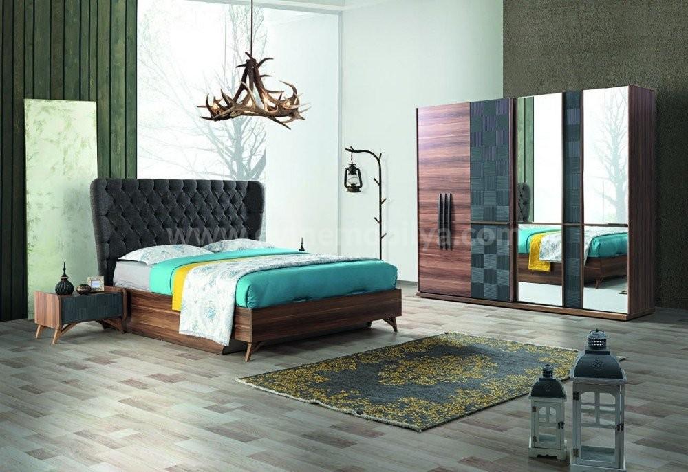 Ella Yatak Odası