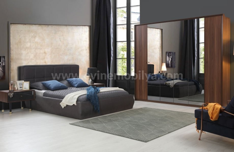 Karina Yatak Odası