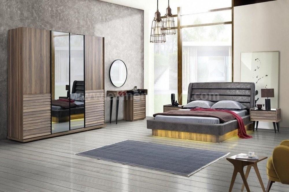 Regina Yatak Odası